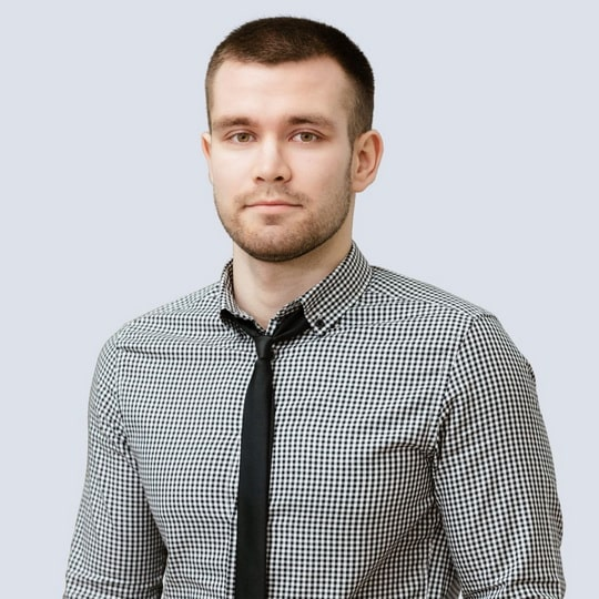 Юрий Ларионов